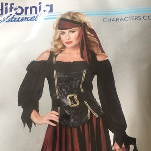 California Costumes Other - Women's pirate costume size XL